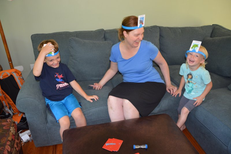 Playing Hedbanz with Little Friends