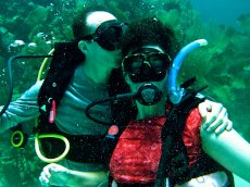 Adoptive Family Photo: Diving in Honduras, click to view bigger version