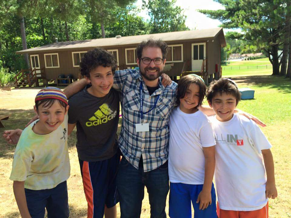 D'ror Visiting Kids From His Congregation at Their Summer Camp