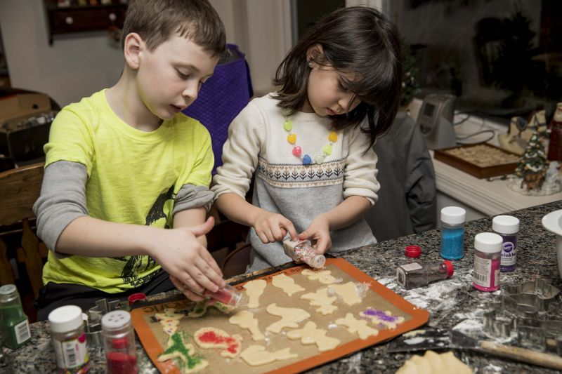 Christmas Cookies With Cousins