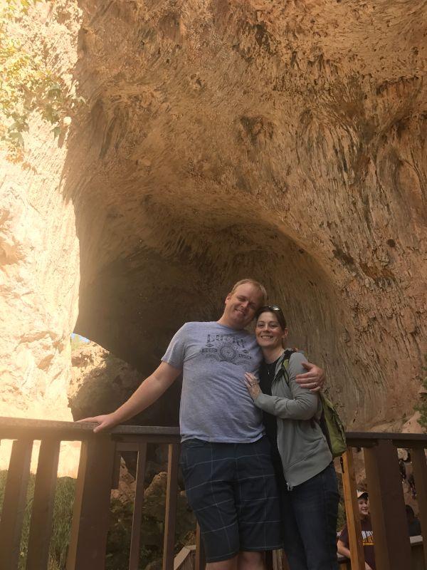 Hiking at Tonto Natural Bridge