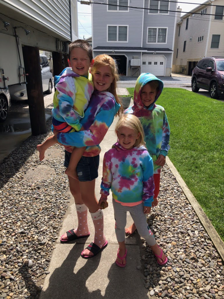 Homemade Tie-Dye With His Cousins!