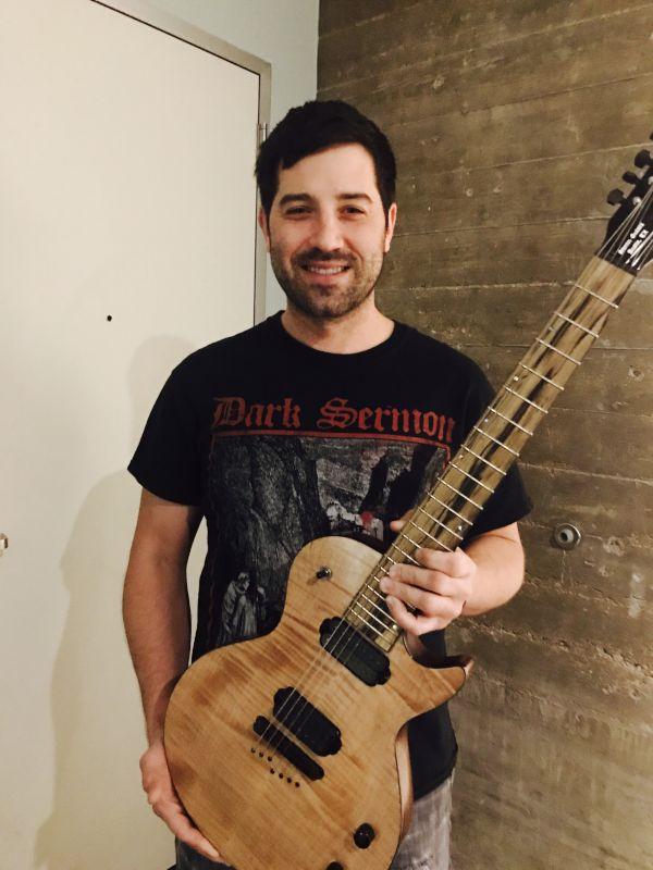 Pete & His Guitar