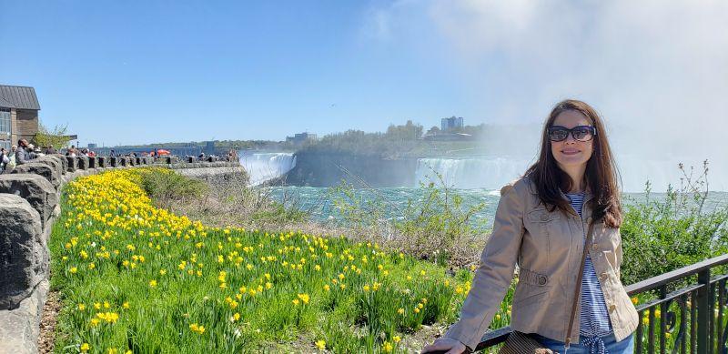 Rebecca at Niagara Falls