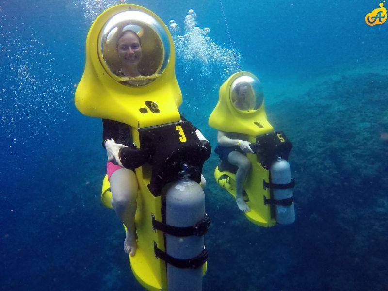Bucket List Underwater Scooter