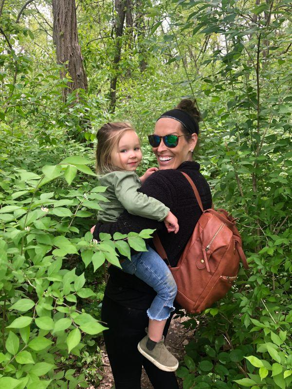 We Love to Hike & Explore
