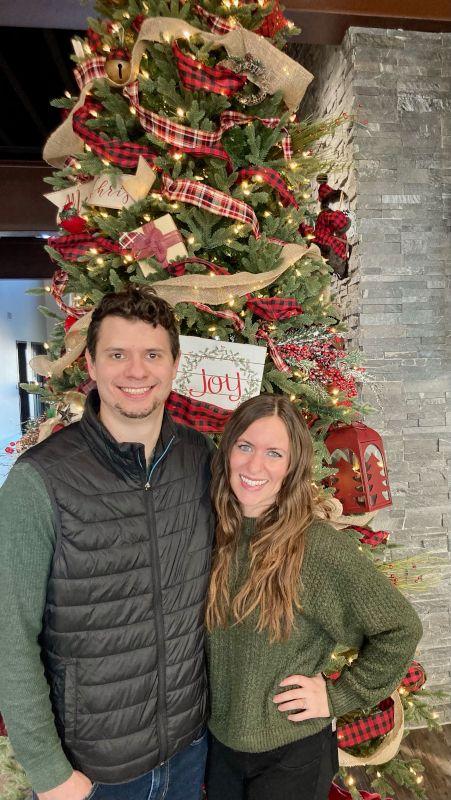 We Enjoy Christmas Together