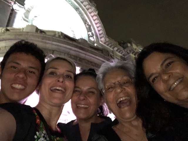 Bright Smiles with Family in Mexico City