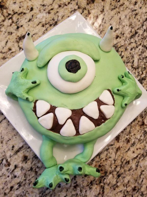 Morgan Designs Crazy Cakes for Ryan's Birthday